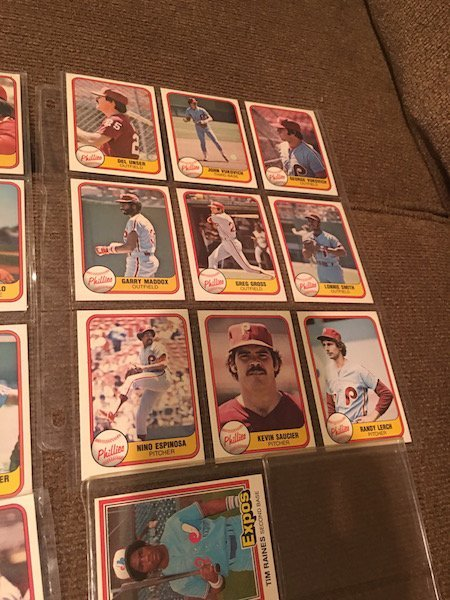 Lot of 1981 Donruss Phillies Lot and Tim Raines RC Lot - 4