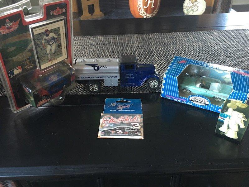 Pat Burrell team Collectible Gear Box Car Ertl Truck