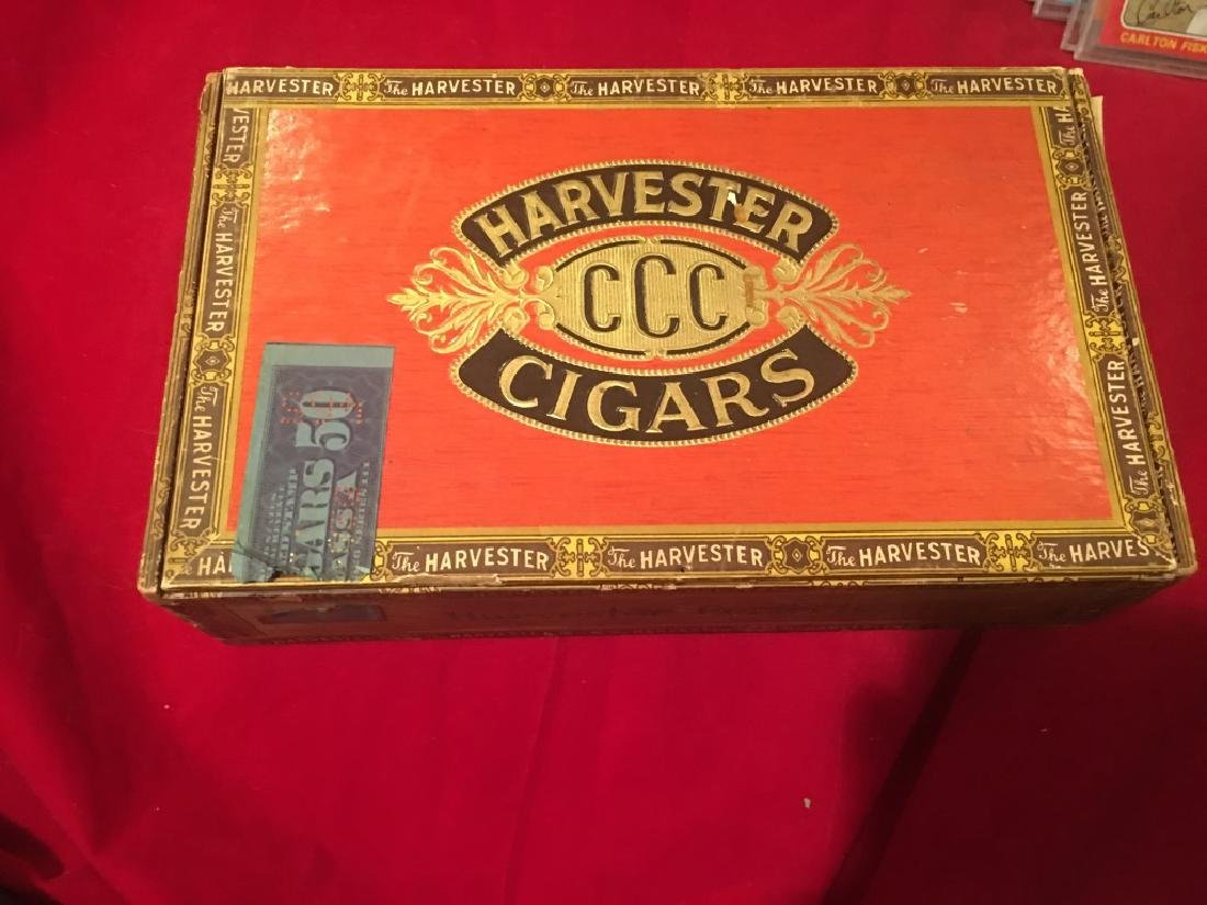 Vintage Cigar Box Harvester CCC Perfecto Horse