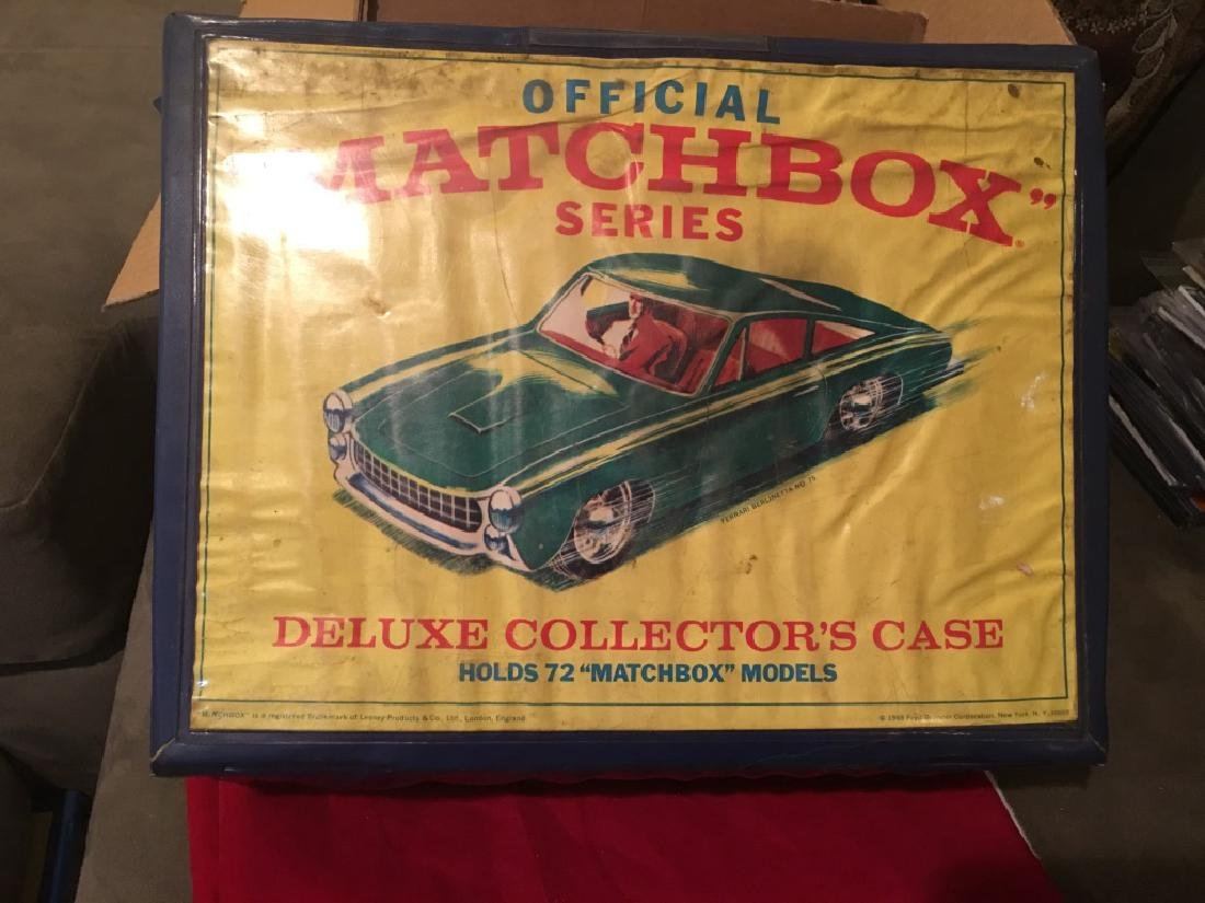 1968 MATCHBOX 72 DELUXE COLLECTOR+IBk-S CASE CARRYINGE
