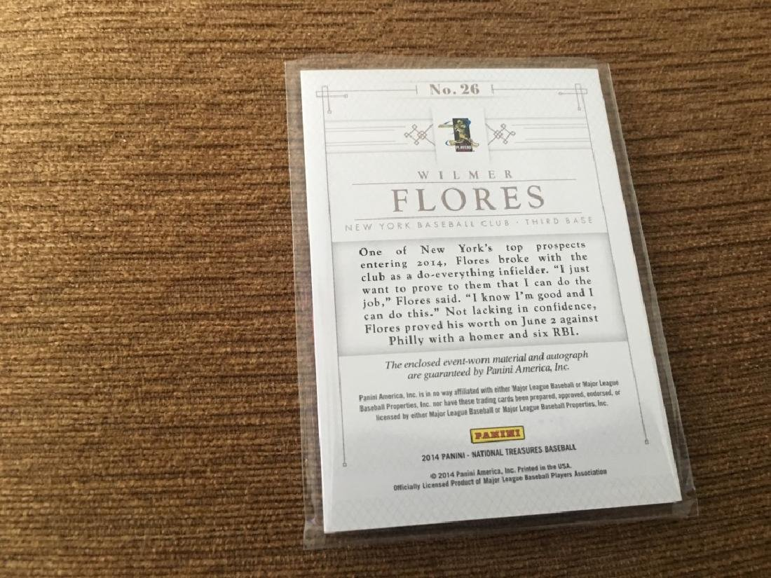 2016 National Treasures Wilmer Flores Rookie auto - 2