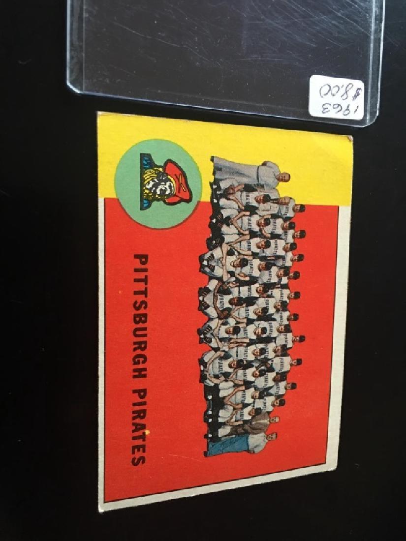 1963 TOPPS BASEBALL PITTSBURGH PIRATES TEAM CARD