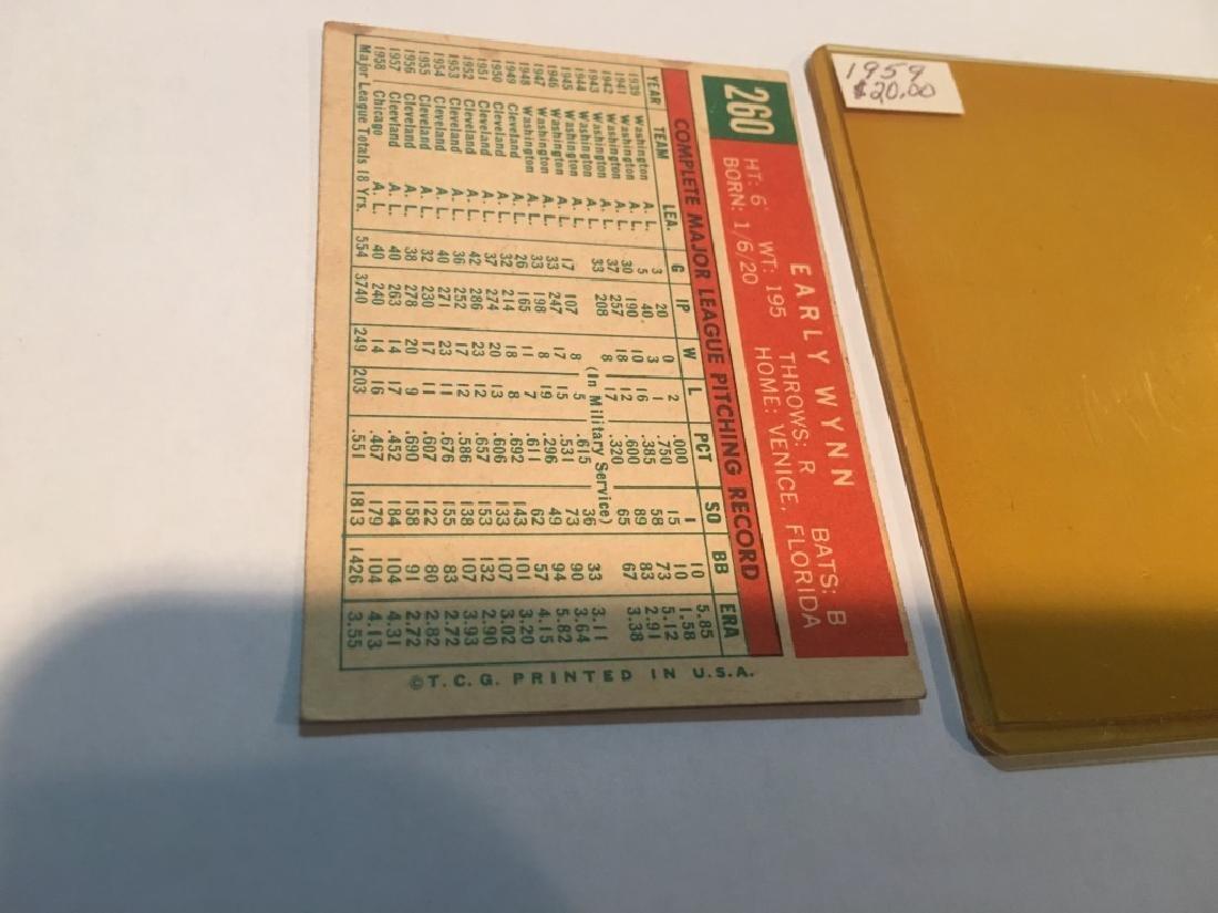 1959 Topps EARLY WYNN #260 Baseball Card - 2