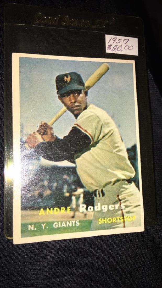 Andre Rogers 1957 tops vintage baseball card