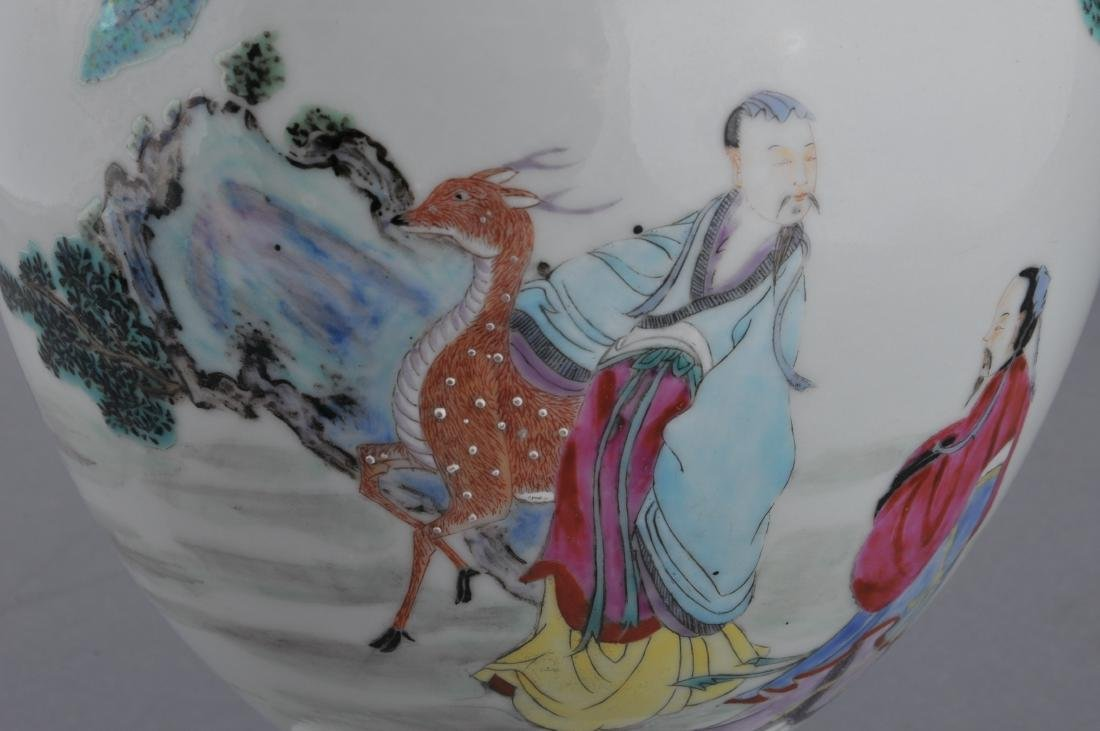 Porcelain vase. China. Late 19th century. Famille Rose - 5