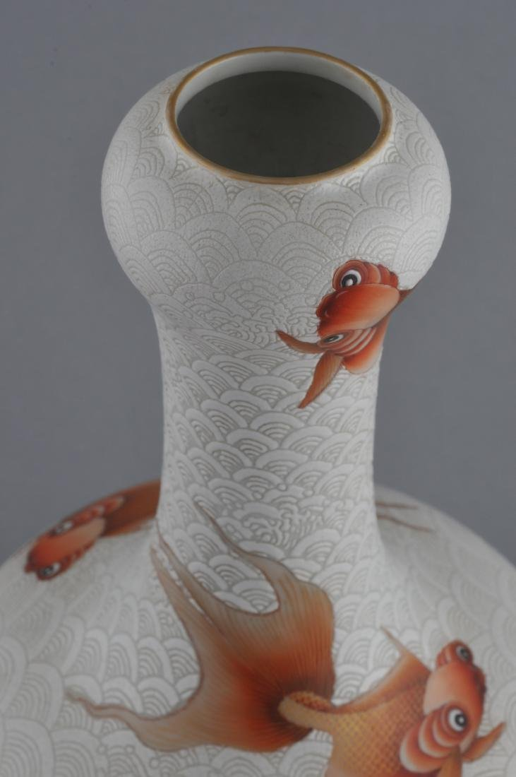 Porcelain vase. China. 20th century. Garlic mouth top. - 4