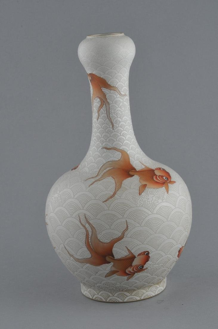 Porcelain vase. China. 20th century. Garlic mouth top. - 5