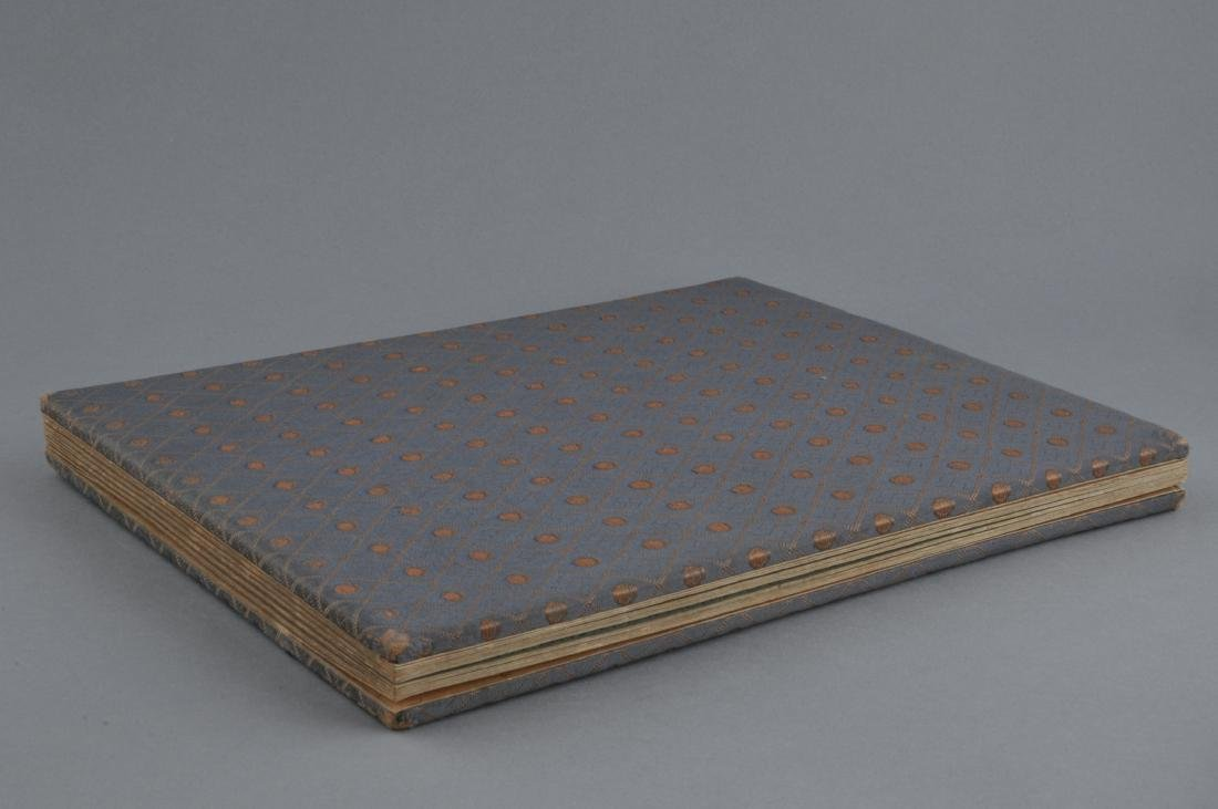 Album of paintings . China. Early 20th century. Nine - 10