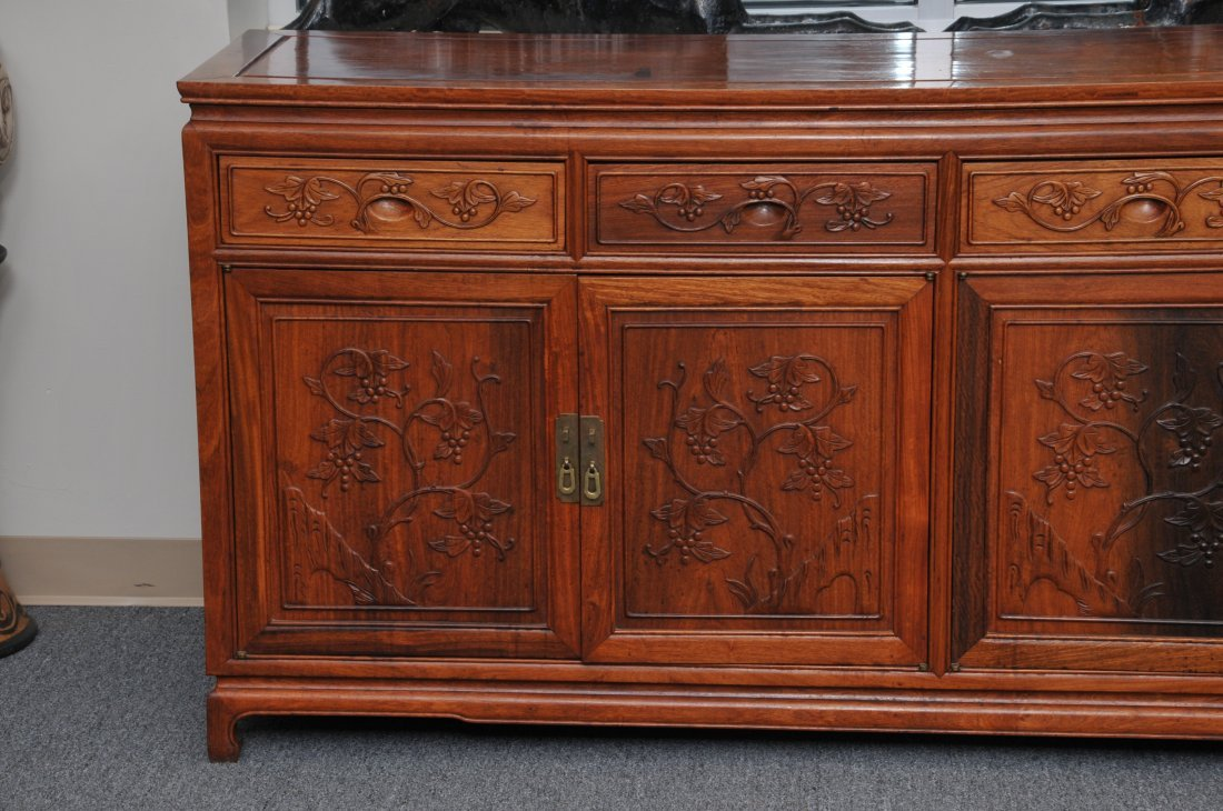 Rosewood Cabinet. China. 20th century. Four drawers - 3
