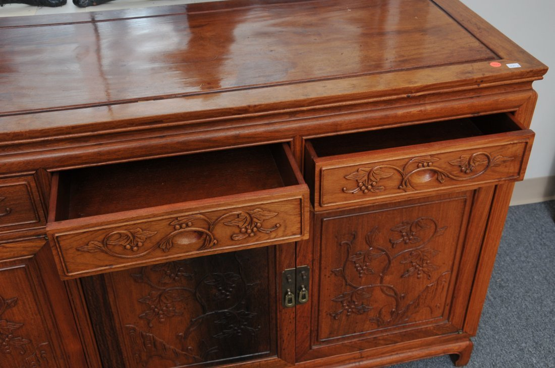Rosewood Cabinet. China. 20th century. Four drawers - 6