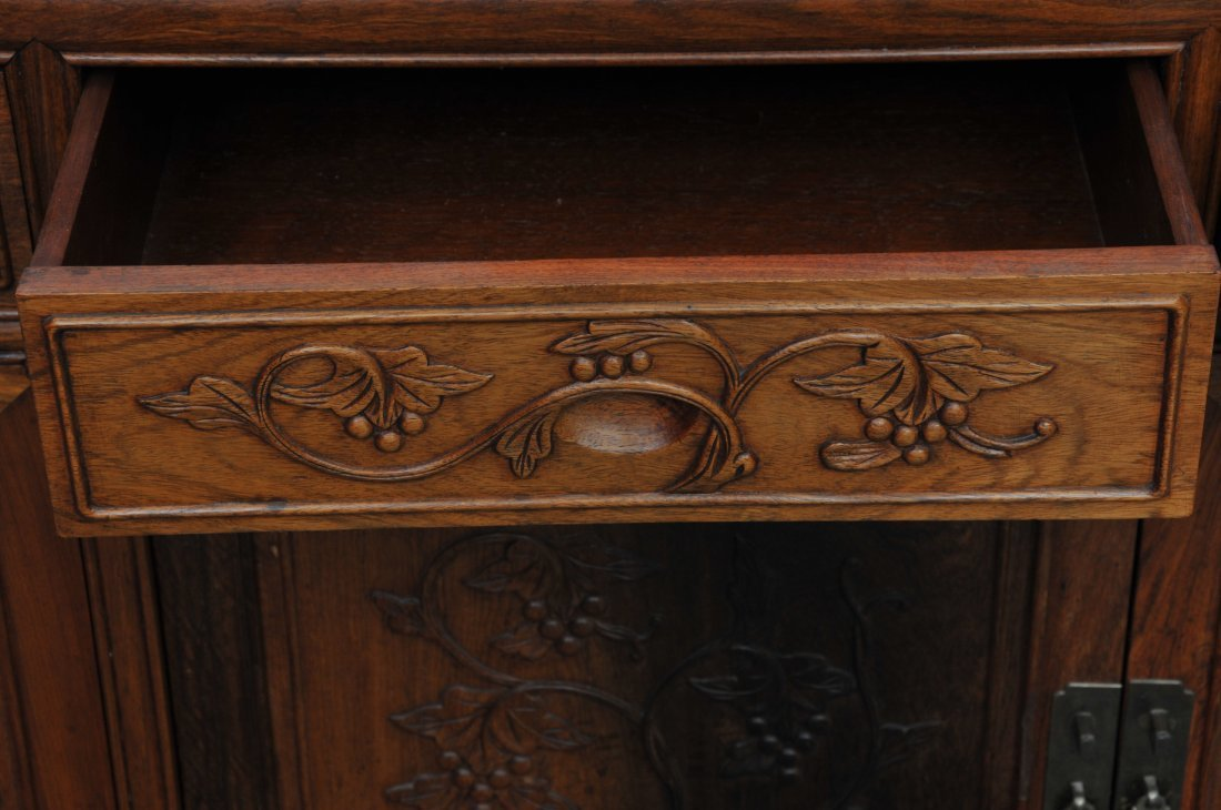 Rosewood Cabinet. China. 20th century. Four drawers - 7