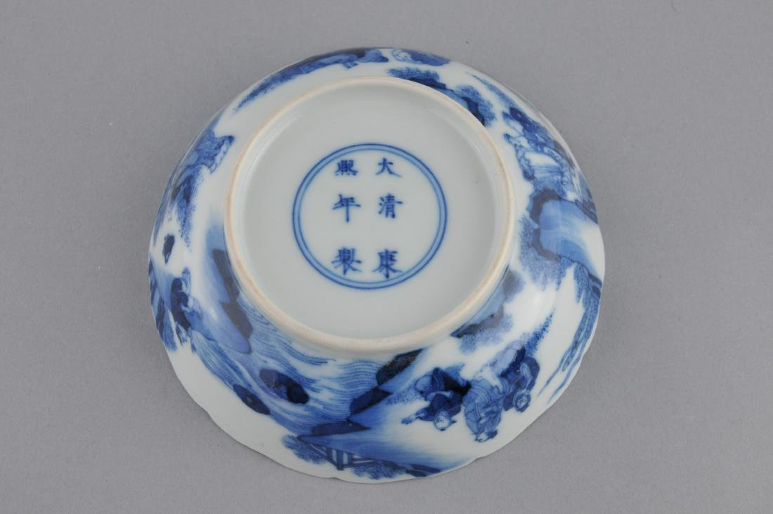 Porcelain saucer dish. China. 19th century. Scalloped - 4