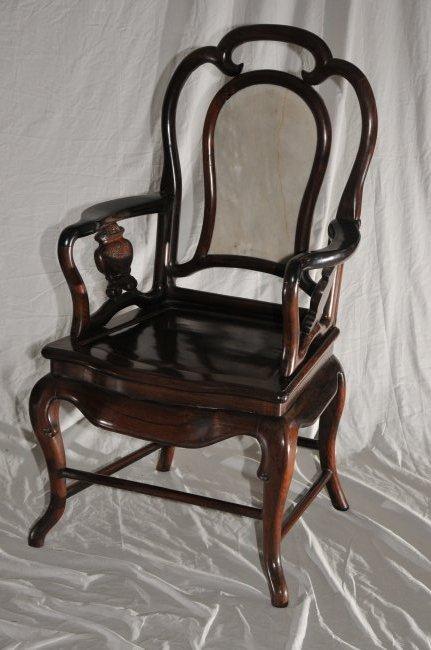 Pair of Arm chairs. China. 19th century. Hung Mu. - 3