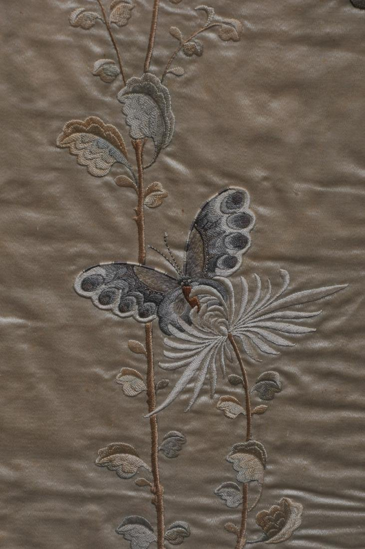Pair of embroidered silk panels. China. 19th century. - 6