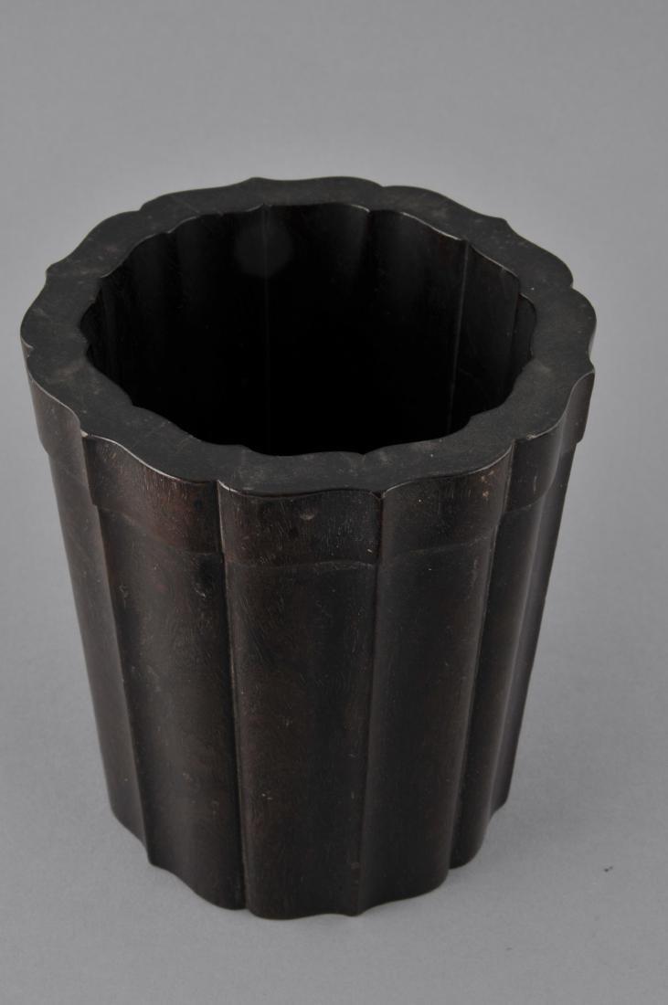 Tzu Tan brush pot. China. 18th/19th century. Fluted - 3