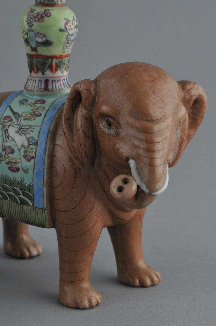 Pair of Chinese Export elephants. Early 20th century. - 4