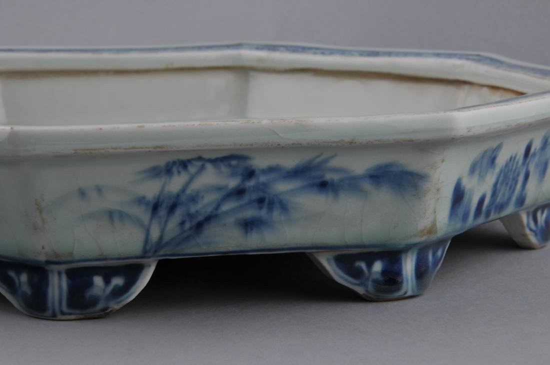 Porcelain planter. China. Early 20th century. Octagonal - 8