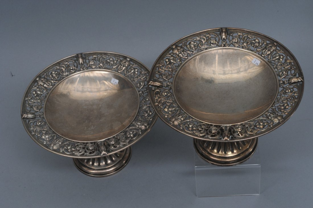 Pair of English Victorian sterling silver Tazzas.