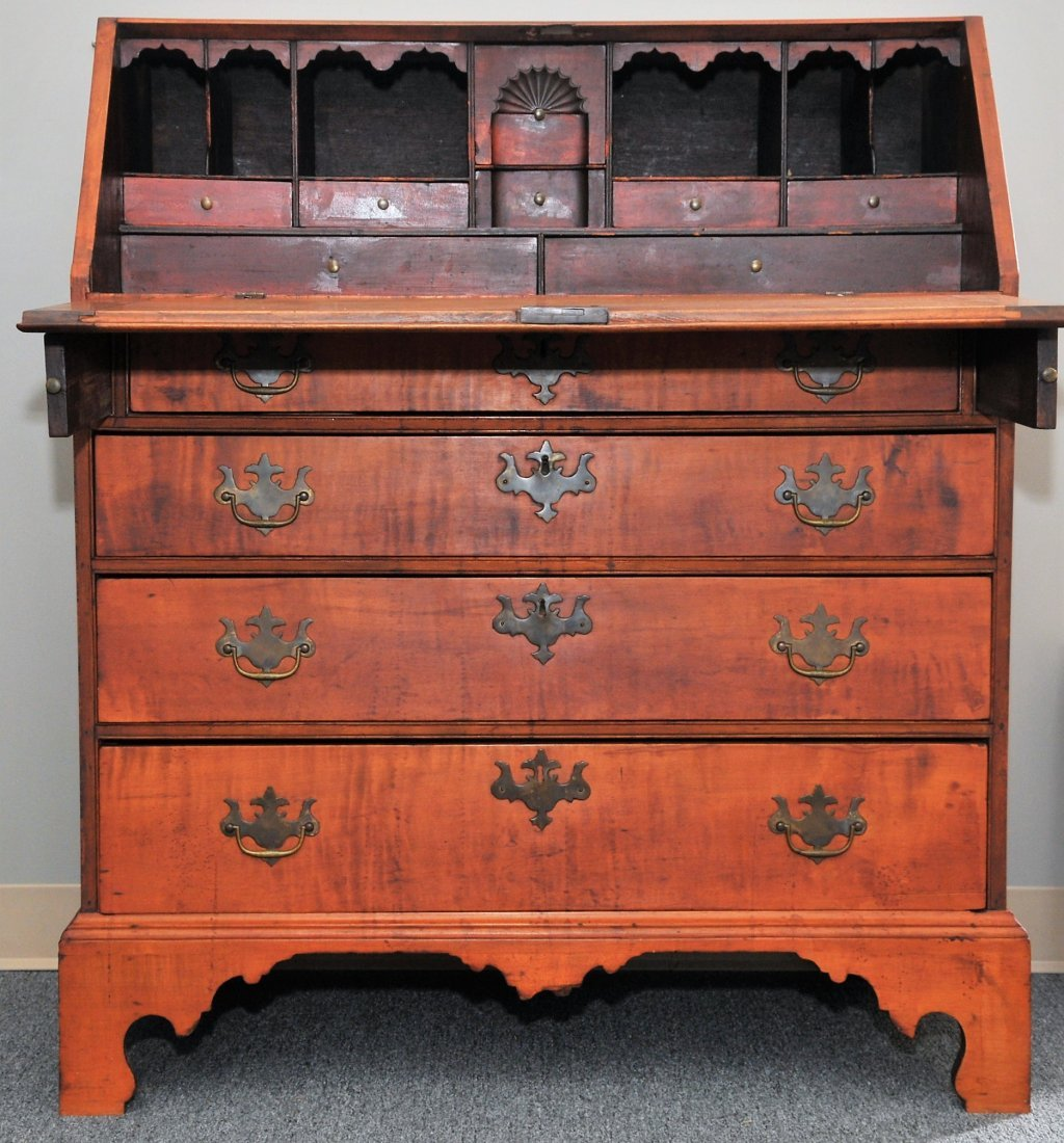 18th century American Chippendale maple North Shore,