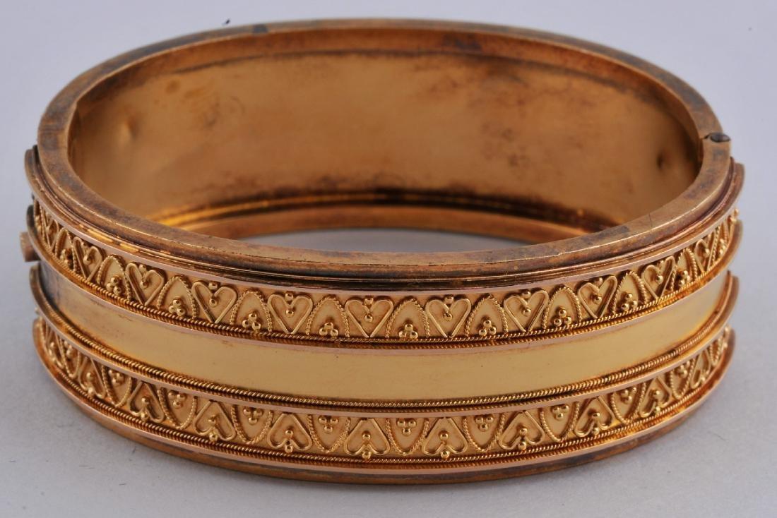 19th century Italian Etruscan Revival 14 karat or