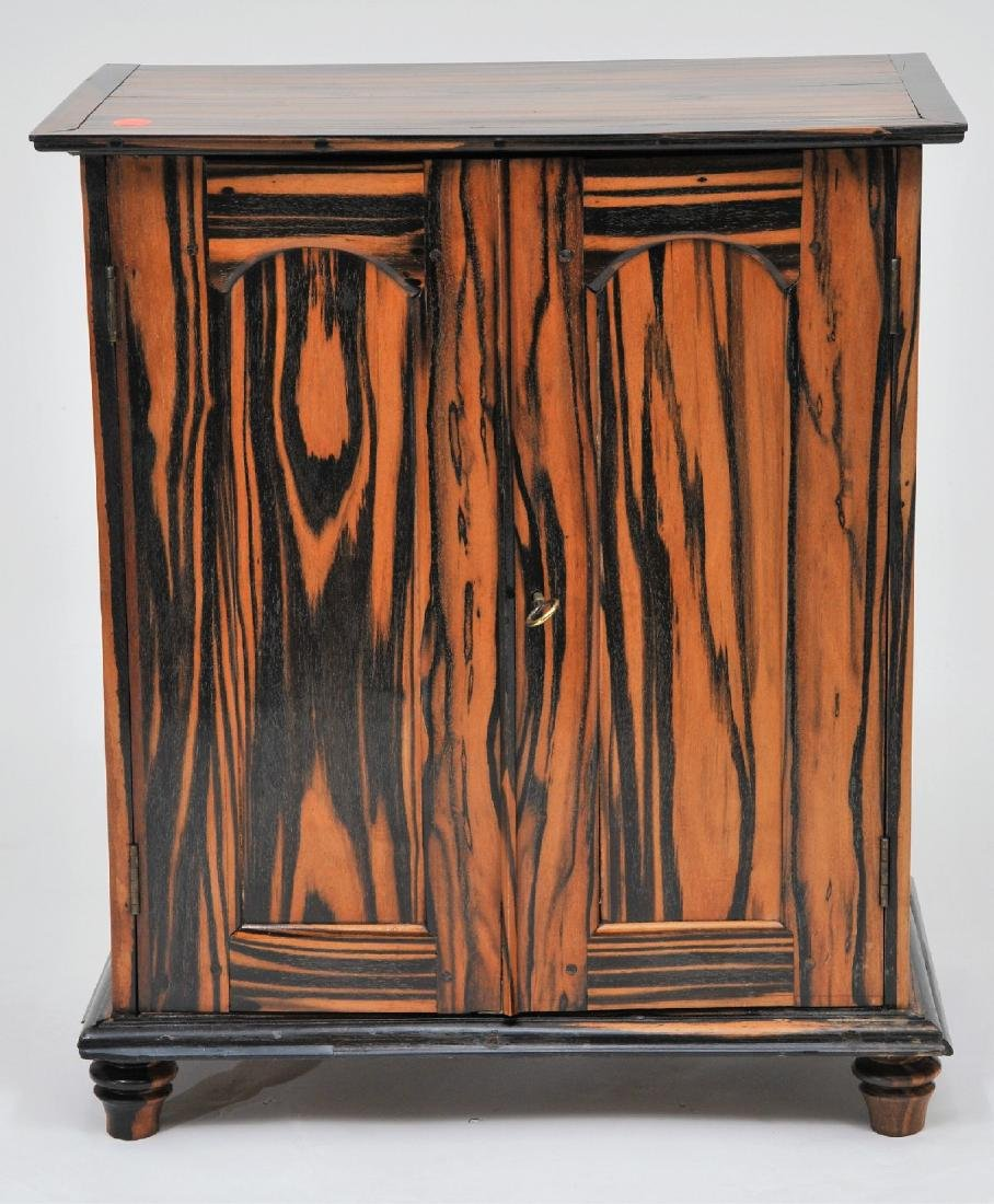 19th century Anglo Indian fine quality Calamander wood