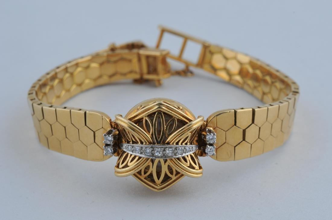 Vintage Ladies' Rolex watch. 18k yellow gold