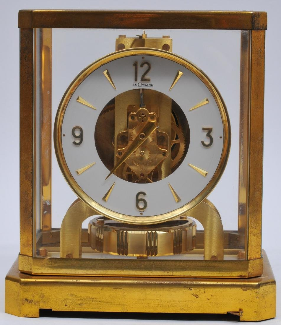 Le Coultre Atmos clock. Serial number 107024. Appears