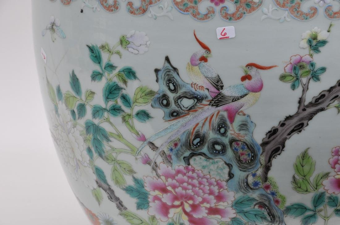Porcelain fish bowl. China. 19th century. Famille Rose - 2