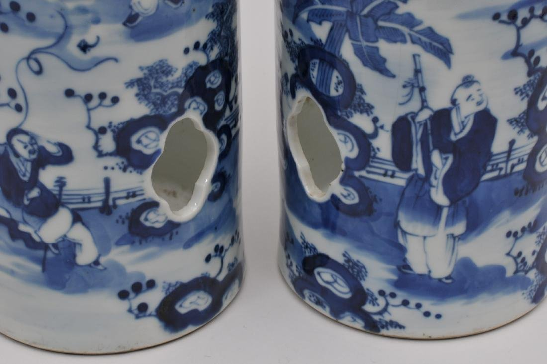 Pair of porcelain hat stands. China. 19th century. - 6