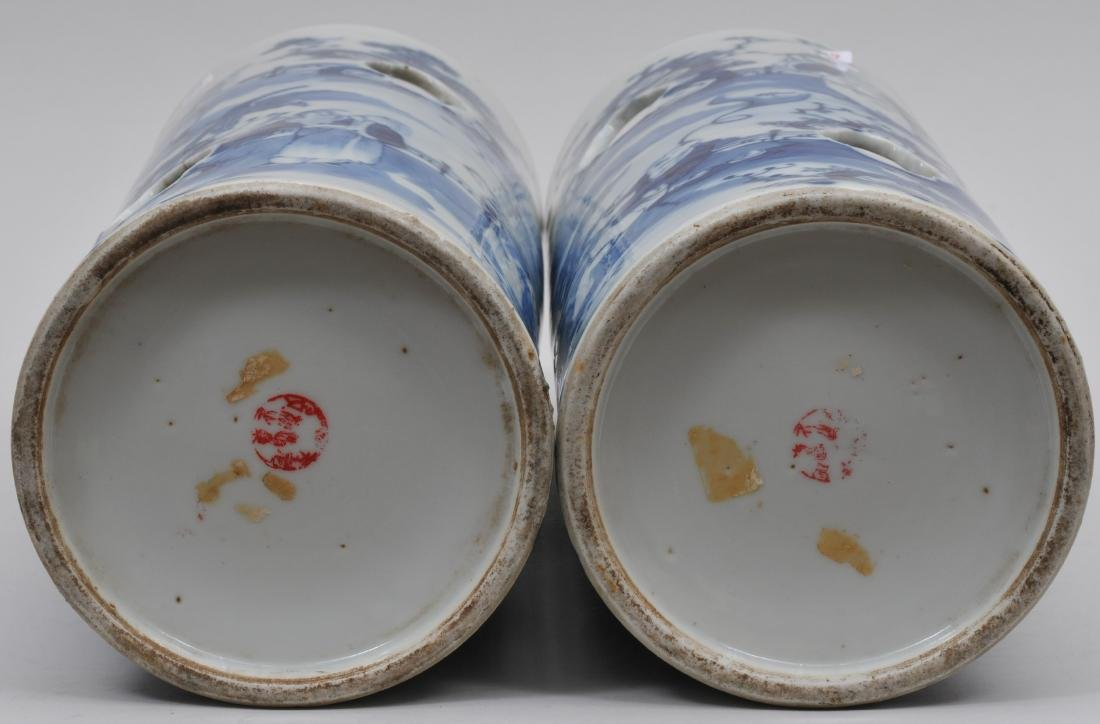 Pair of porcelain hat stands. China. 19th century. - 8