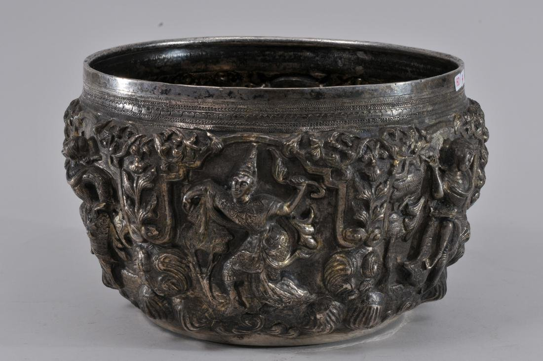 Burmese silver bowl. Early 20th century. High relief - 4
