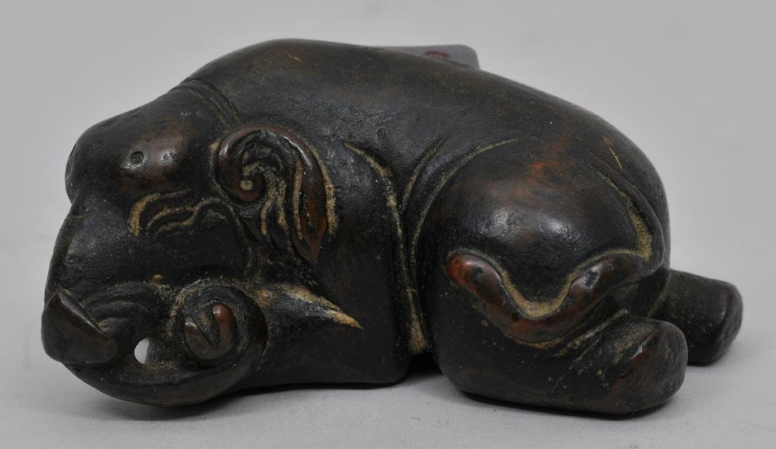 Bronze paperweight. China. 18th century. Study of a