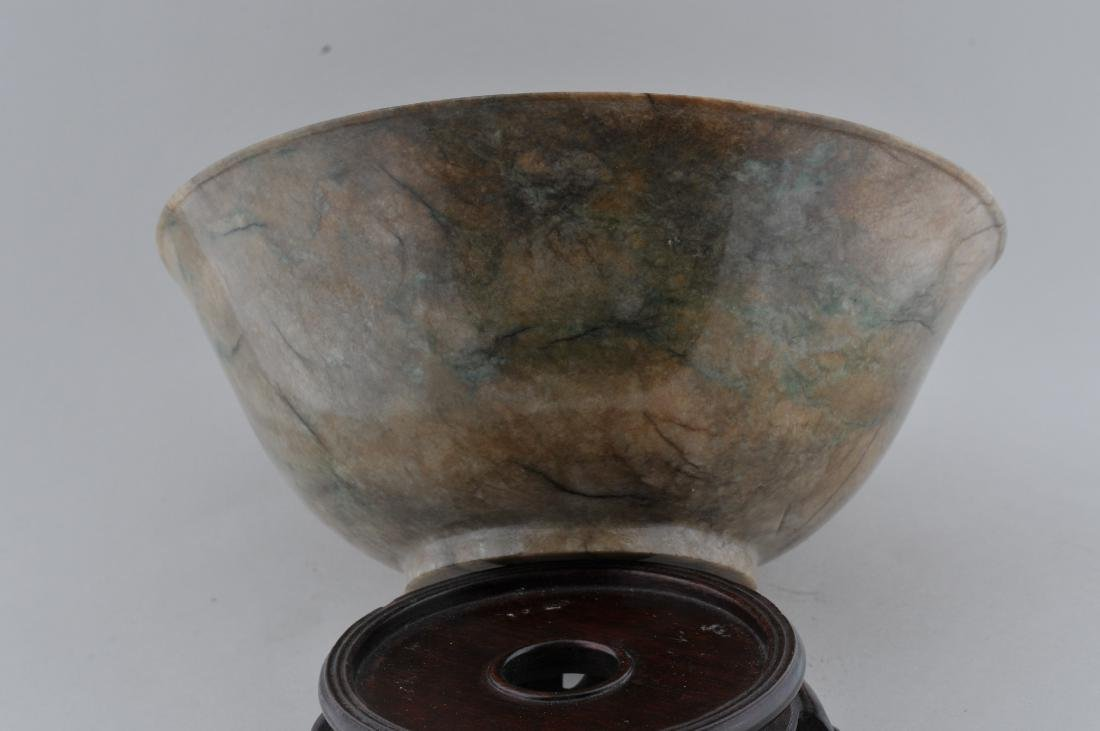 Jade bowl. China. 18th century. Chicken bone colour - 7