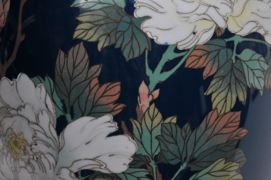 Cloisonné vase. Japan. Meiji period. (1868-1912). - 10