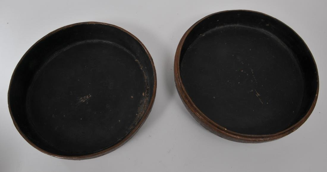 Lacquered box. China. 18th century. Round form. - 4