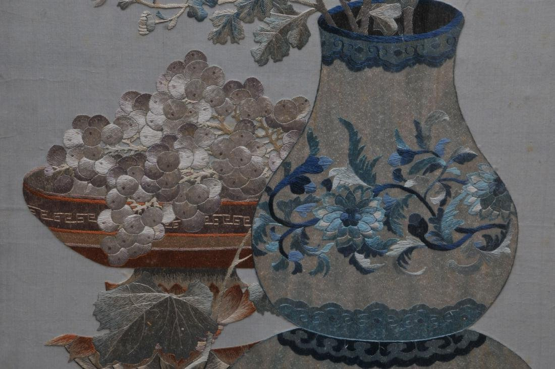 Embroidered panel. China. Early 20th century. - 5