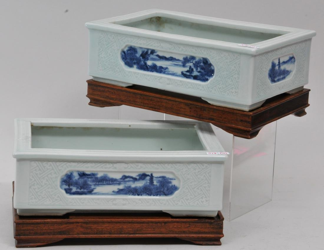 Pair of planters. China. 19th century. Rectangular