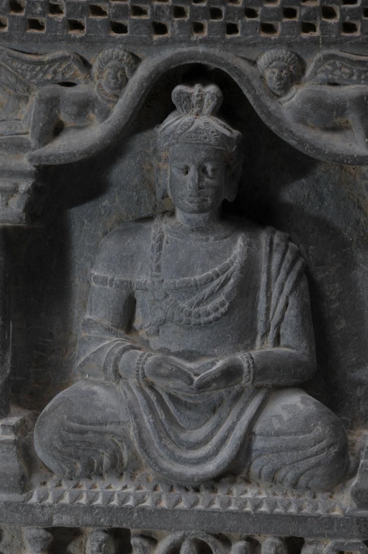 Grey schist carving. Gandharan Kingdom. (3rd c DC-2nd c - 3