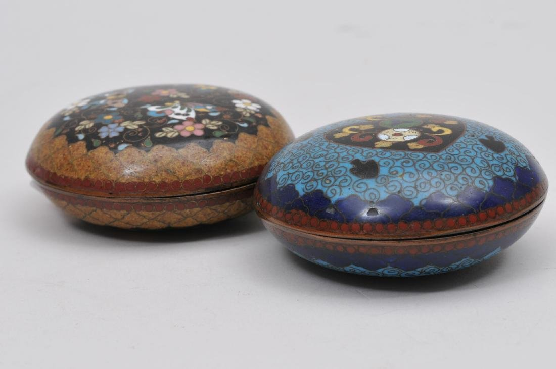 Two Cloisonné boxes. Japan. Meiji period. (1868-1912). - 8