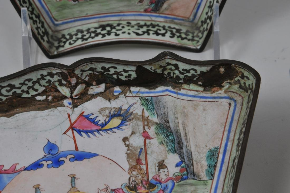 Lot of seven pieces of Canton enamel. Decoration of - 8