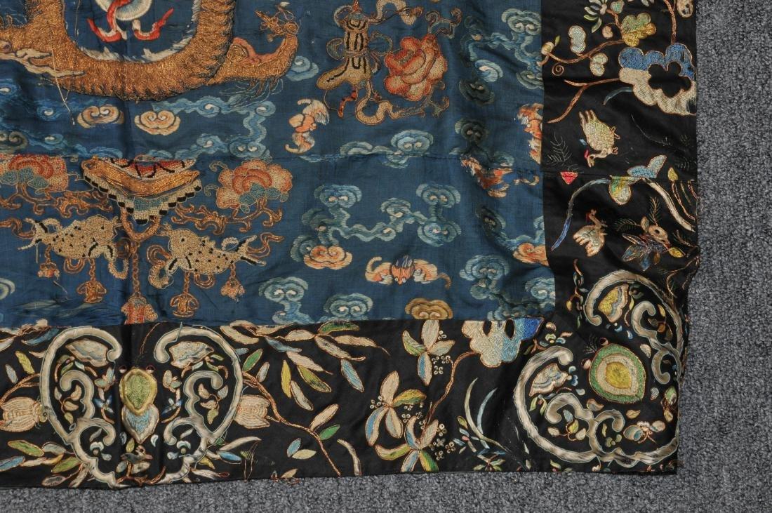 19th century embroidered silk Chinese panel. Metallic - 4