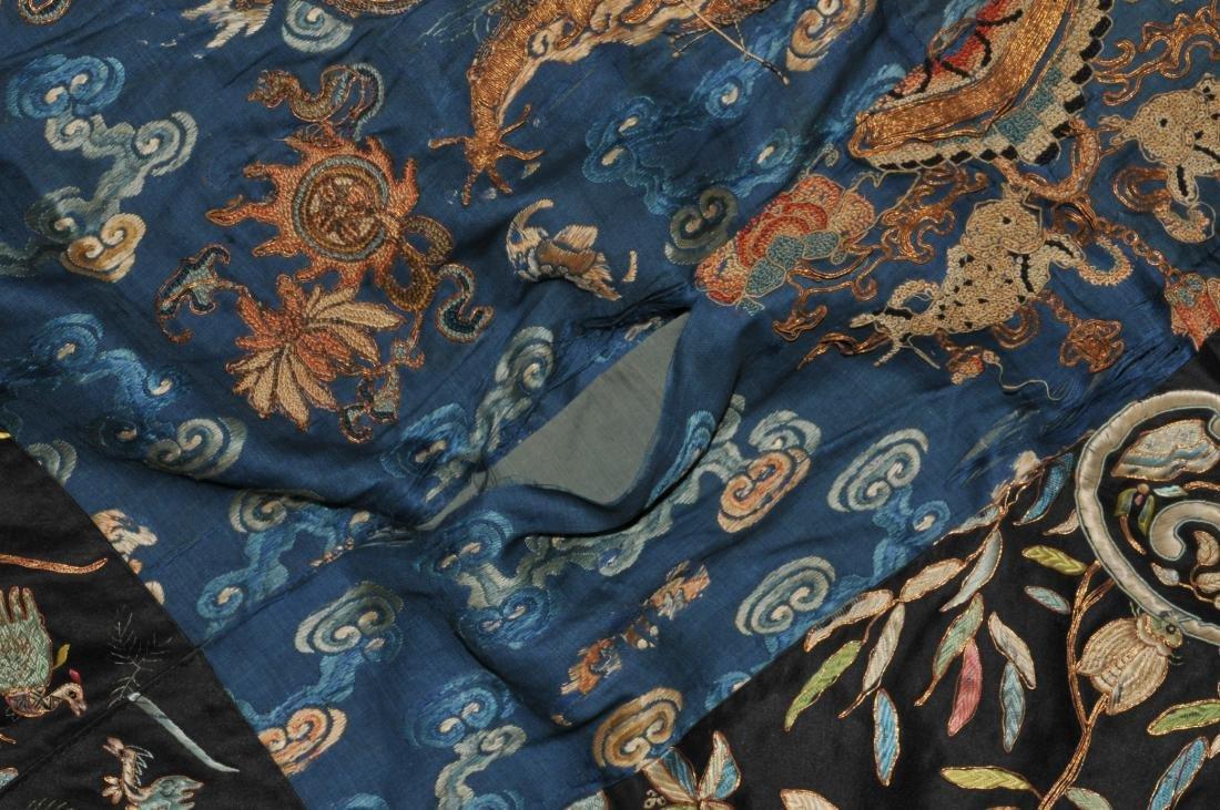 19th century embroidered silk Chinese panel. Metallic - 5