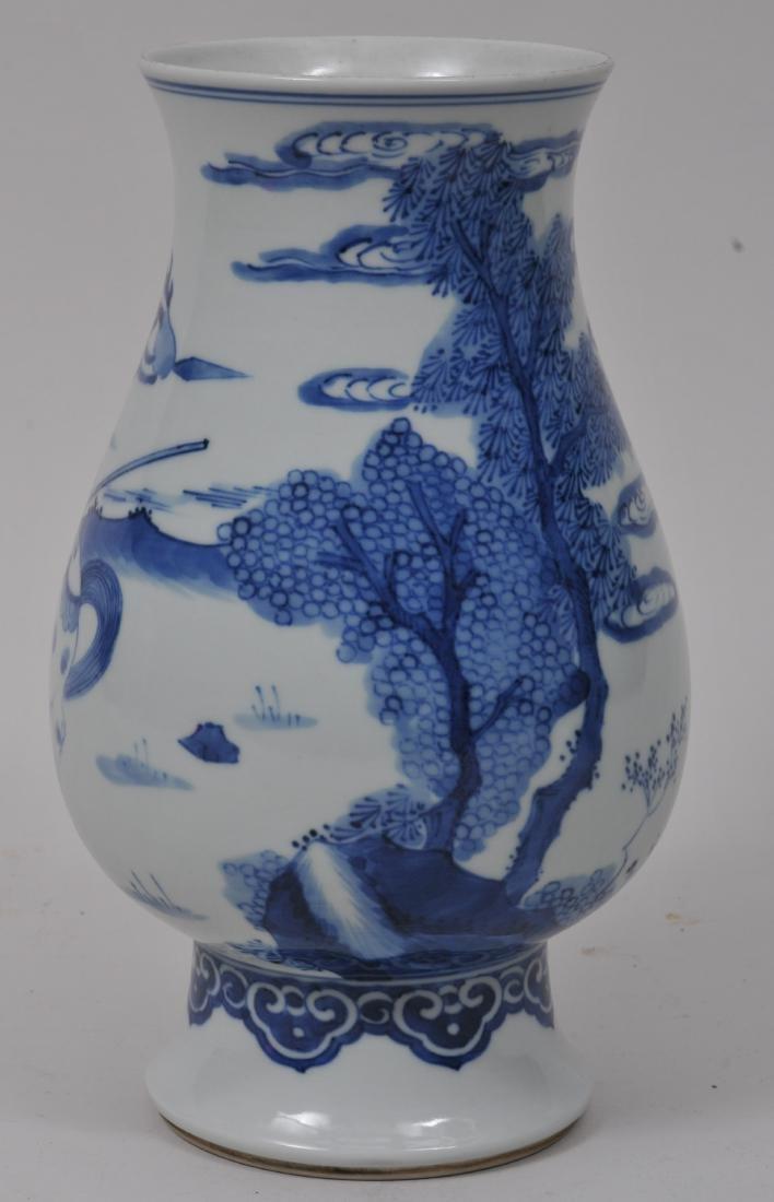 Porcelain vase. China. 20th century. Transistional - 3