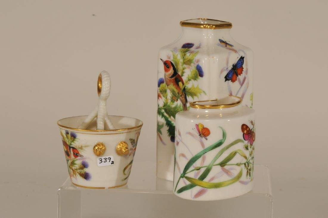 Two pieces of Royal Worcester high gloss porcelain. (1) - 4