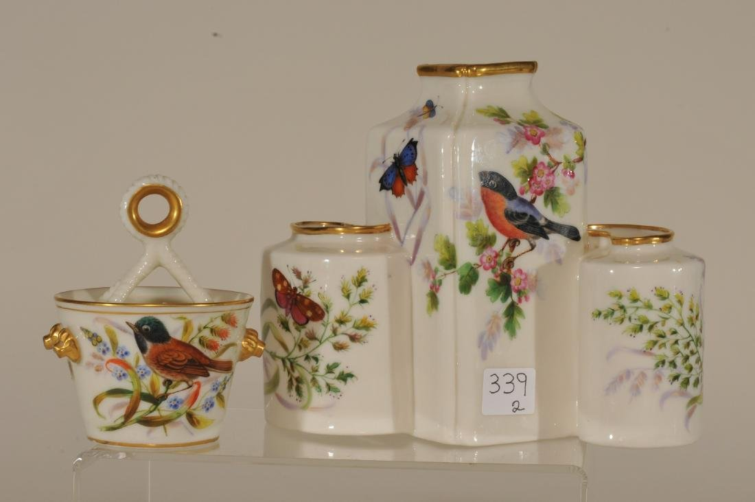 Two pieces of Royal Worcester high gloss porcelain. (1) - 5