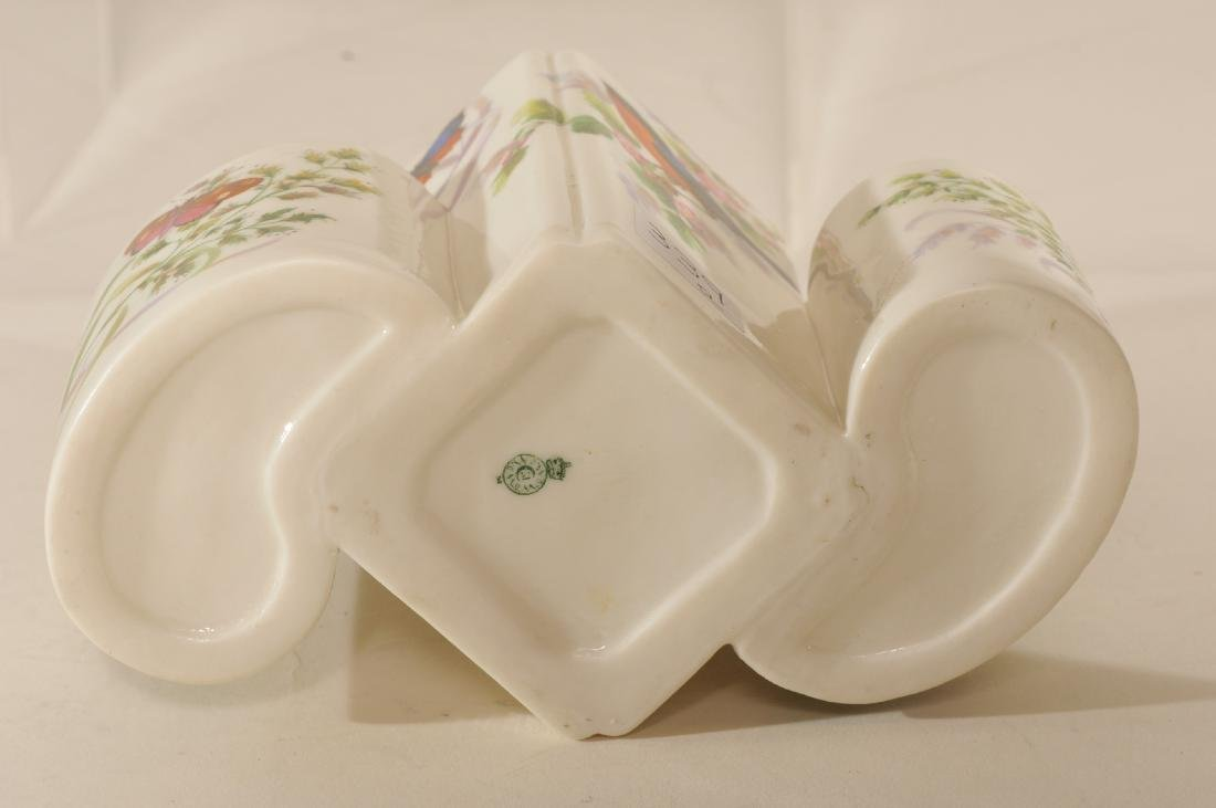 Two pieces of Royal Worcester high gloss porcelain. (1) - 7