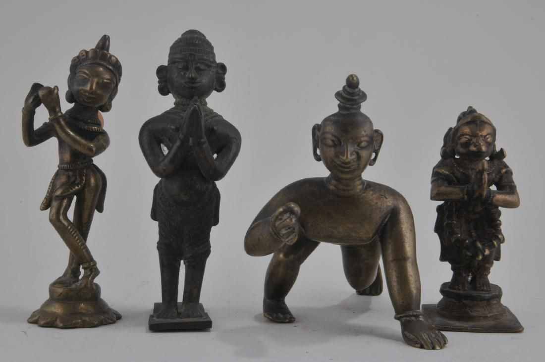 Lot of four bronze images. India. 19th century. Figures