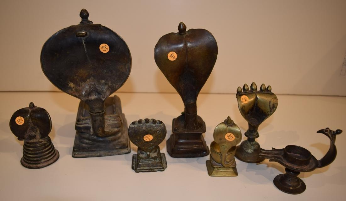 Lot of seven bronze figures. Nagajara. India. 19th - 10