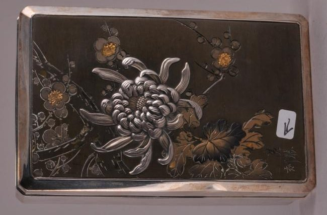 Japanese Meiji period silver box with mixed metals