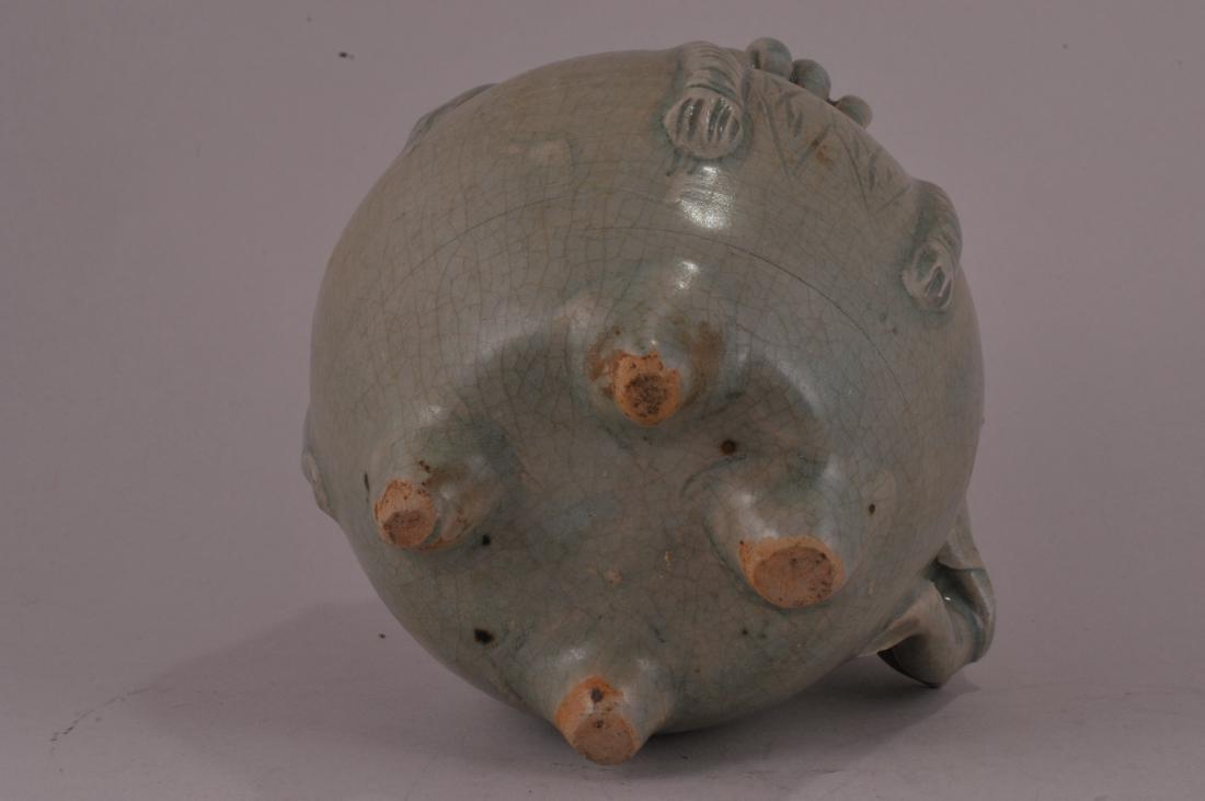 Celadon ewer. Thailand. Sawankalok ware. 16th C. or ear - 6
